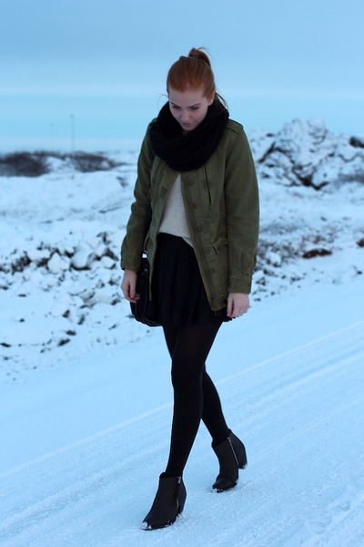 army green army Zara jacket - black ankle boots Bianco boots