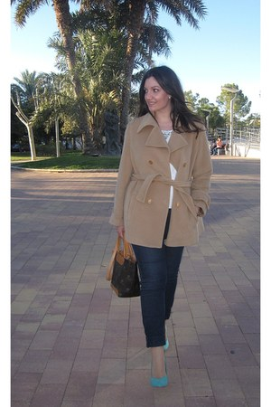 brown Zara coat - tawny Pierre Cardin bag - white Lefties t-shirt