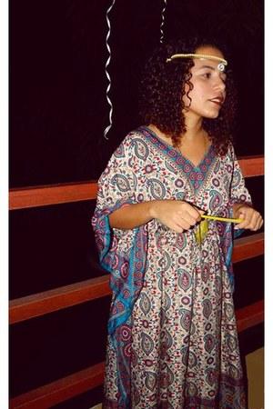 dark khaki necklace - cream hair accessory - ivory cape