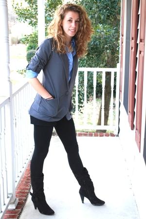 blue American Eagle shirt - gray blazer - black American Eagle shorts - black xh