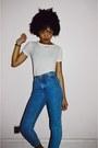 Blue-vintage-gap-jeans-black-classic-low-converse-sneakers