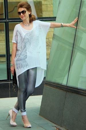 silver metallic marilyn leggings - white high-low American Retro t-shirt