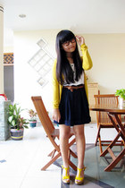 mustard Sisters cardigan - navy Cotton Ink shorts - white GOWIGASA top
