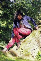 navy H&M blazer - dark brown chelsea Deichmann boots - ivory H&M top