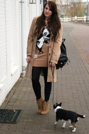 tan hm coat - tan Zara sweater