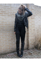 black jumpsuit Dekker Fashion jumper - black H&M jacket