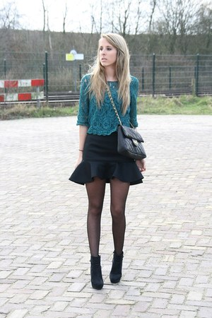 black Nellycom skirt - black ankle boots H&M boots