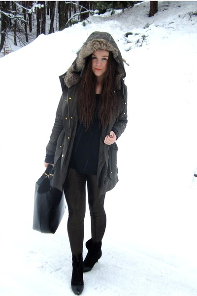 parka jacket - shiny leggings - bag