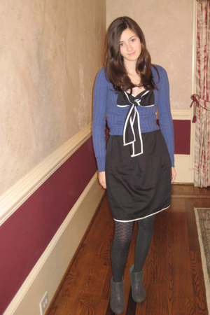 delias sweater - dress - tights - boots