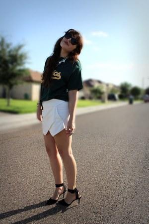 white Zara shorts - dark green vintage shirt - black Zara heels