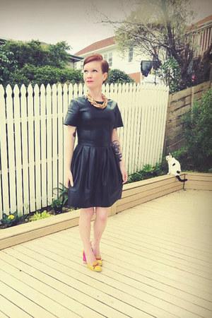 black asos dress - gold Password Please necklace - hot pink Minx heels