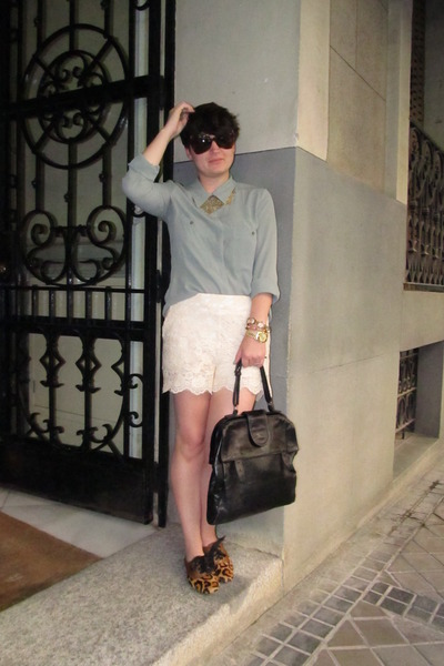 lace modcloth shorts - leopard print Bimba y Lola shoes - green Mango blouse