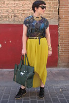 threadsence skirt - VJ Style bag - Zara t-shirt - Ebay sneakers - H&M necklace