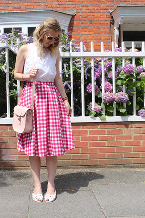 gingham midi Primark skirt - Brit-Stitch bag