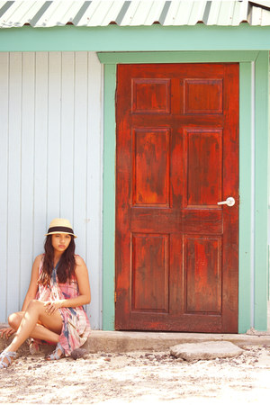 rachel roy dress - Urban Outfitters hat - Dolce Vita sandals