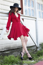 SALE Long Sleeve Ruffle Vneck Dress