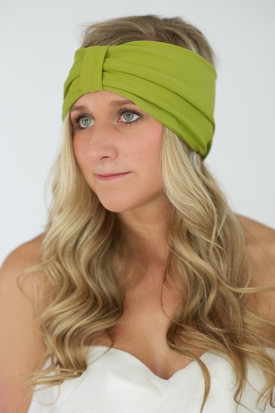 chartreuse Alyssa Nicole accessories