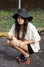 Black-hat-beige-blouse-black-american-rag-shorts-black-jeffrey-campbell-sh