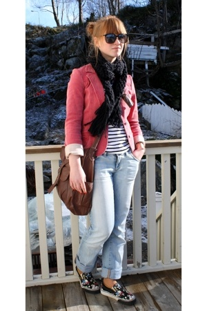 Vero Moda jeans - H&M t-shirt - Bik Bok long time ago jacket - Dales Match purse