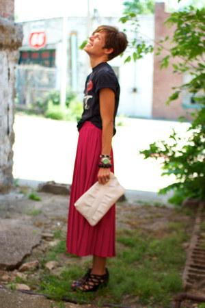 hot pink skirt - white bag - black Call it Spring wedges - black t-shirt
