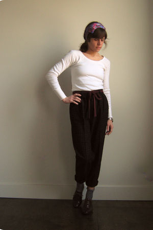vintage shoes - vintage pants - thrifted shirt