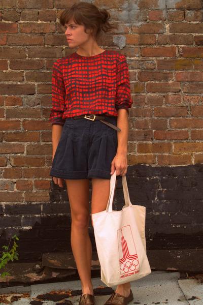 thrifted yves saint laurent blouse - vintage bag - vintage shorts - Urban Outfit