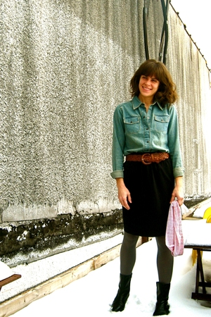 vintage belt - vintage boots - thrifted shirt - thrifted skirt - UO tights
