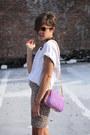 White-heels-amethyst-bag-beige-leopard-print-skirt-white-t-shirt