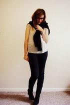 off white silk Quiksilver blouse - black snakeskin Minelli boots