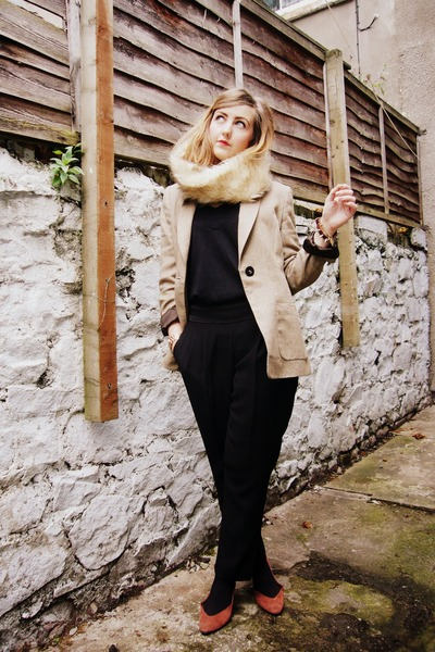 black vintage pants - tawny Hobbs blazer - dark brown new look pumps