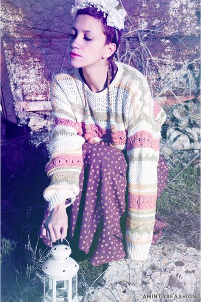 beige vintage sweater - brown vintage dress - ivory flowers DIY hat