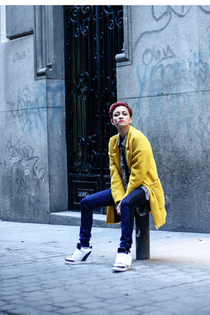 yellow Sheinside coat - navy salsa jeans - black black and white Chicwish shirt