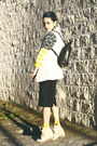 Yellow-lefties-sweater-black-backpack-chictopia-shop-bag