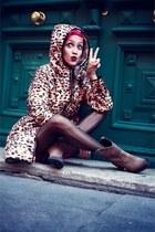 brown romwe coat - beige cinderella boots