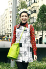 Red-wanderlust-wear-shoes-chartreuse-vintage-moschino-bag