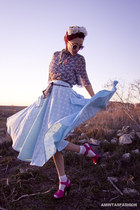 light blue vintage skirt - hot pink asos shoes