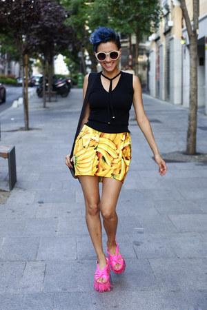 yellow Be my TRASH skirt - hot pink asos shoes - black Mango blouse