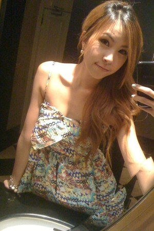 aquamarine Kloset dress - ivory strap heel Dahong heels