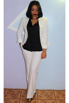 white blazer - black shirt