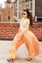 peach Urban Outfitters pants - cat eye Chloe sunglasses