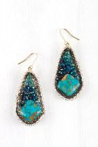 AMY O earrings