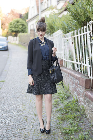 black liebeskind bag