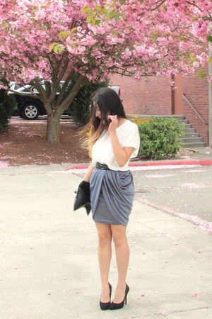 silver skirt - white blouse - black heels