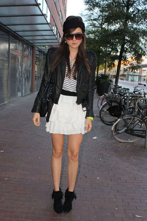 black I made it skirt - white Zara jacket
