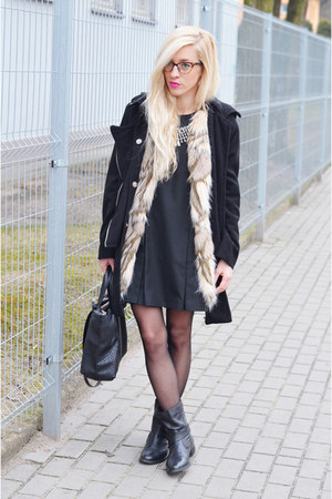 fur vest vest - dress dress - coat coat