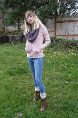 yellow shirt - pink vest - blue jeans - beige socks - brown AMANDA boots - purpl