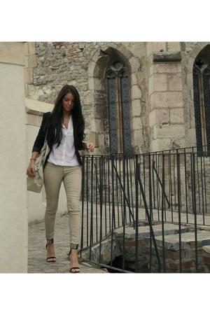 black wwwzarait Zara blazer - black bag - black pants - off white Mango pants
