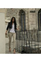 black wwwzarait Zara blazer - black bag - black pants - off white Mango pants