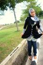 Black-cardigan-gray-scarf-blue-diesel-jeans