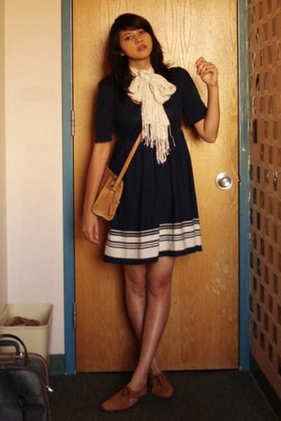 h&m via thrift town dress - salvation army scarf - flea market purse - thrift to